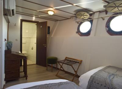 תאי השינה בספינה 1