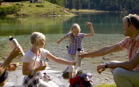 המשפחה האקטיבית לאורך הריין וביער השחור