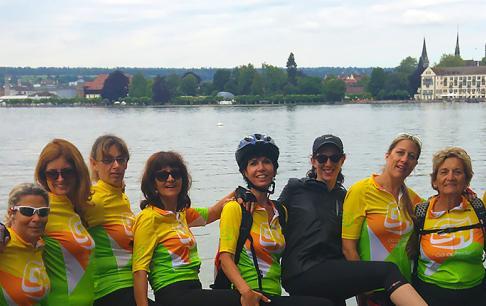 על אופניים במסלול הריין בשוויץ