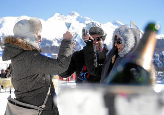 מבלים בסקי בסנט מוריץ