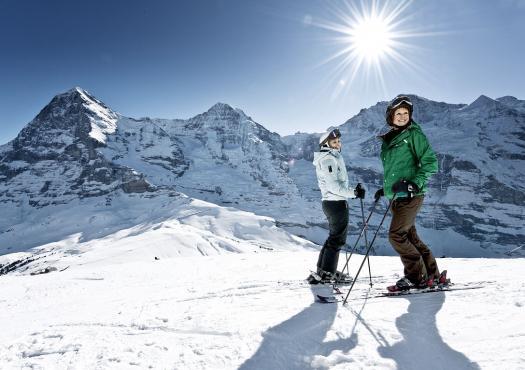 נהנים סקי בגרינדלוולד