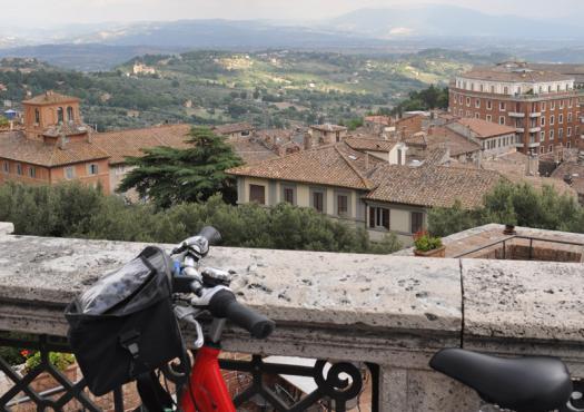 נוף רומאי בטיול אופניים פירנצה לרומא