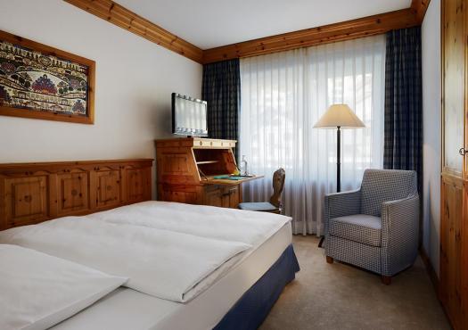 חדר במלון הסקי קריסטל בסנט מוריץ